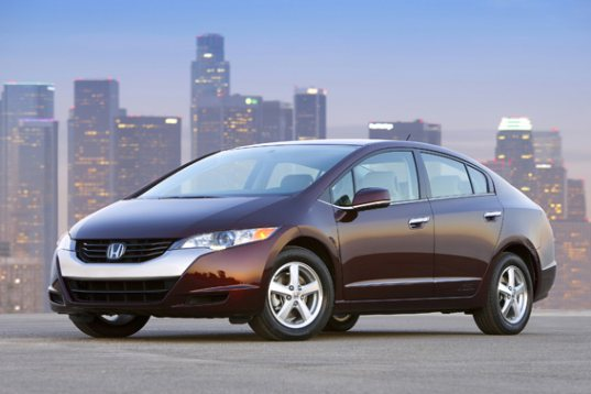 Honda, Honda FCX Clarity, Honda FCX Clarity fuel cell vehicle, Honda fuel cell technology, Honda fuel cell cars, FCX Clarity, Honda FCX Clarity, hydrogen powered cars, hydrogen fuel cell, hydrogen fuel cell technology, hydrogen automobiles, Honda Los Angeles, California