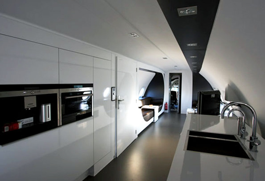 airplane, reclaimed airplane hotel, airplane hotel room, salvaged airplane, recycled airplane, the netherlands, hotel suites