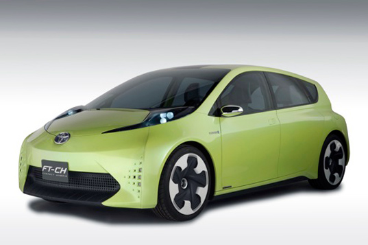 sustainable design, green design, toyota ft-ch, toyota prius, green vehicle, hybrid vehicle, ft-ch concept car