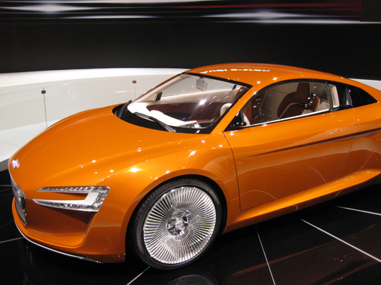 sustainable design, green design, green transportation, LA Auto Show, Green Car, Green Transportation Audi e-Tron