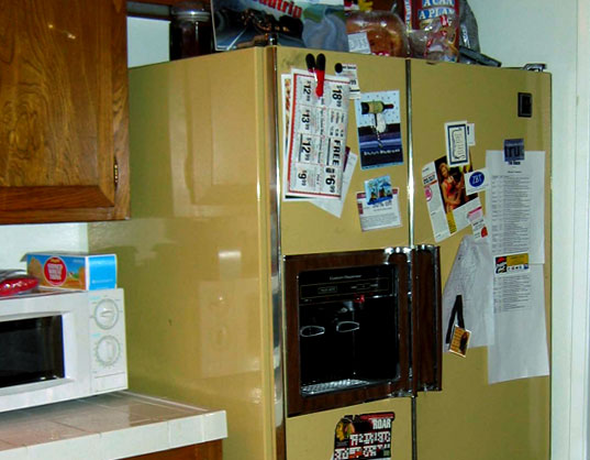 Green Your Appliances! Greener Refrigerators, Green refrigerators, Eco-friendly Refrigerators, Old School Seventies Refrigerator