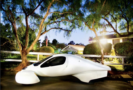 Aptera, diesel-electric car, hybrid concept car, hybrid automobile, aptera hybrid, green transportation, sustainable car, green cars, sustainable transportation, transportation tuesdays