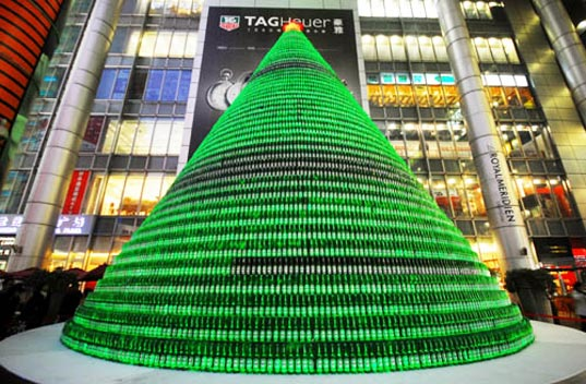Christmas tree made from 1,000 beer bottles, lifescoop caption contest, caption, 1000 beer bottle christmas tree