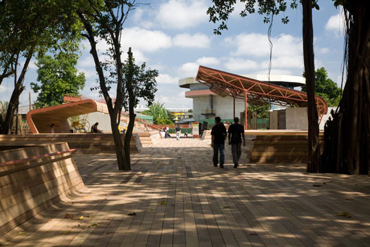 victor civita plaza, sustainable architecture, green building, public space, sustainable design, solar panels, são paulo brazil, davis brody bond architects