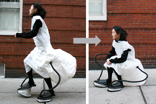 Self-Sustainable Chair: Dress inflates into a chair for your butt, Bubble butt chair, JooYuon Paek, wearable furniture