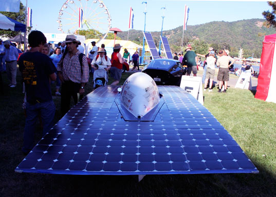 sustainable design, green design, calsol, uc berkeley, gold rush solar vehicle, solar powered race car, sustainable transportation, renewable energy, photovoltaic car