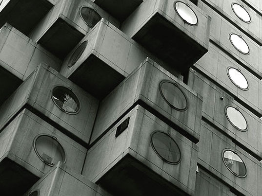 Capsule Tower, Nakagin Capsule Tower, Kisho Kurokawa, Japanese modern architecture, prefab housing, stackable prefab