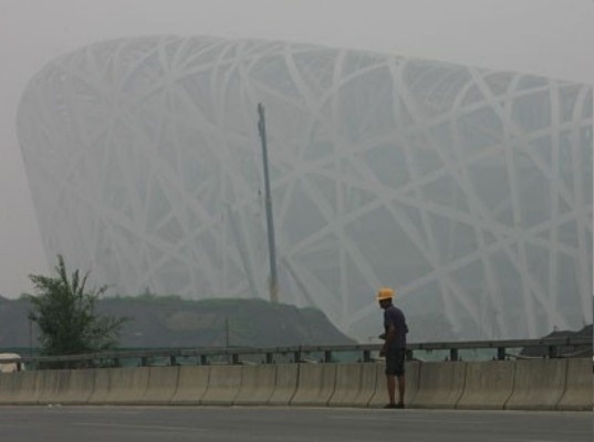 2008 Olympic Games, China 2008 Olympic Games, Beijing China, Olympic stadium, Beijing air pollution, Beijing vehicle ban, China vehicle ban, olympic stadium pollution, air pollution concerns Beijing, air pollution Olympic games, air pollution problems Beijing, pollution China, smog B