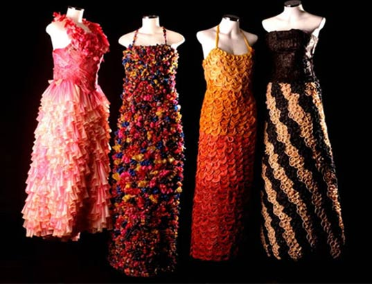condom clothing, clothes made out of condoms, condom dresses, prophylactic clothing, aids awareness, recycled clothing, green clothing