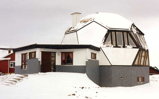 Easy Domes, sustainable homes, geodesic dome homes, geodesic homes, Kari Thomsen, Ole Vanggaard