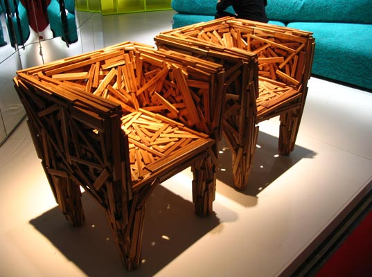 favela chairs