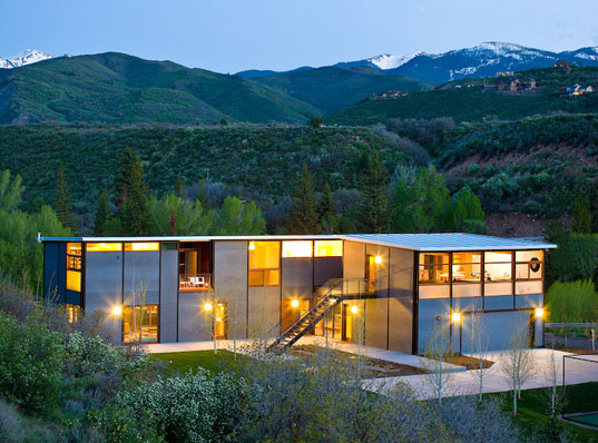 Charles Lazor Flatpak House, Goodwin Wise Flatpak House, Flatpak House, prefab Flatpak House, prefab structures, prefab homes, prefab designs, prefabricated homes, prefabricated buildings, prefabricated structures, prefab friday, Flatpak prefab house, Flatpak House in Aspen, Flatpak House in Colorado, prefab homes in Aspen, prefab homes in Colorado, flatpak1.jpg