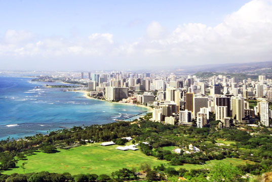 sustainable design, green design, Honolulu Seawater Air Conditioning, Honolulu, deep-sea system, air conditioning, green energy, Waikiki, underwater technology