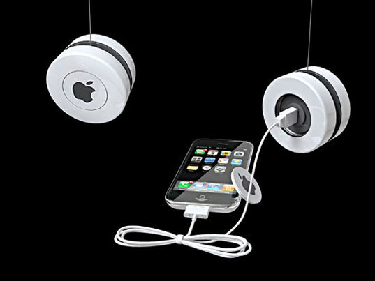 iyo yoyo induction charger, iyo apple iphone charger, green gadget, kinetic energy charger, sustainable design, green design, peter huvander