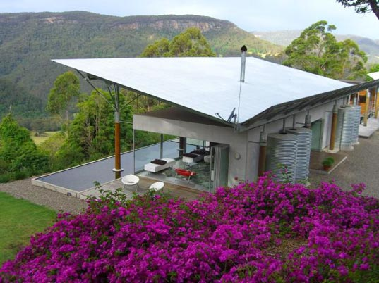 wombat towers, solar powered house, solar power, green energy, australia, kangaroo valley, green architecture, sustainable architecture, green building, green design