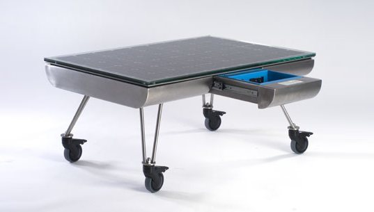 solar table, solar power table, solar lounge table, greener gadgets, energy generating furniture, solo lounge table, intelligent forms design solo lounge table, solar powered table, green gadgets, sustainable furniture, outdoor solar table