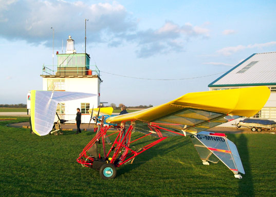 electric personal plane, university of cambridge, electricity, green plane, lazair, sustainable design, green design, energy efficient transportation, electric airplane