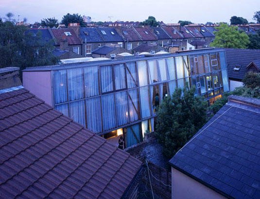 whatcotts yard, in between homes, terrace homes, terraced houses, ullmayer sylvester architects, london homes, sustainable homes, sustainable design, annalie riches, barti garibaldo