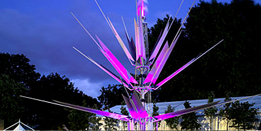 Laurie Chetwood, London Oasis, Solar power sculpture, wind power sculpture, Chelsea Flower show, floral sculpture, environmental technologies
