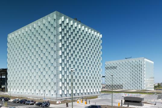 madrid, distrito c, telefonica headquarters, sustainable urban design, sustainable corporate headquarters, eco-friendly development