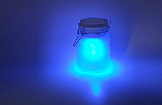 Eco nighlight, green nightlight, energy efficient nightlight, sustainable night light, Moon Jar, Sun Jar, Solar Lamp, Solar power, solar power lamp, tobias wong, solar jar, sun lamp