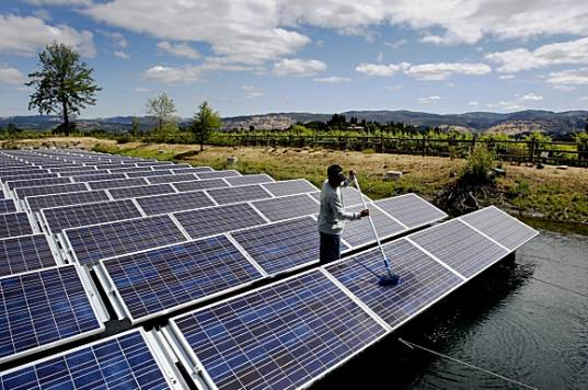 floatovoltaics, far niente winery solar power, Napa valley solar power, Floating Solar panels, irrigation pond Solar, Pontoon Solar, Solar power, solar energy, renewable energy, photovoltaic