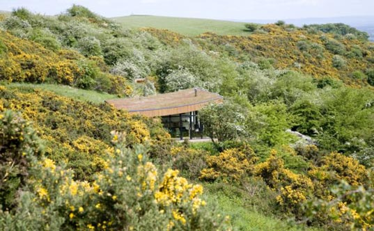 Natural Retreats eco-lodges, eco-travel in UK, UK National Parks, Lake District National Park, North York Moors National Park, Yorkshire Dales National Park, eco-getaways in the UK, naturalretreats3.jpg