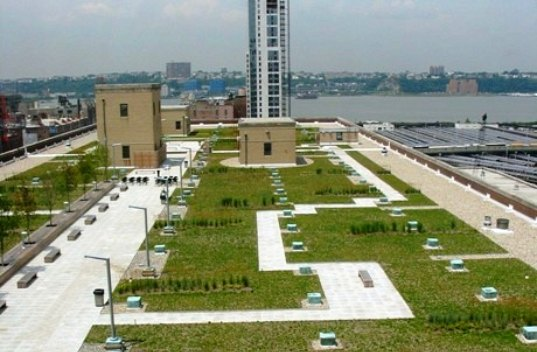green roof, nyc, usps, us postal service, morgan mail facility,
