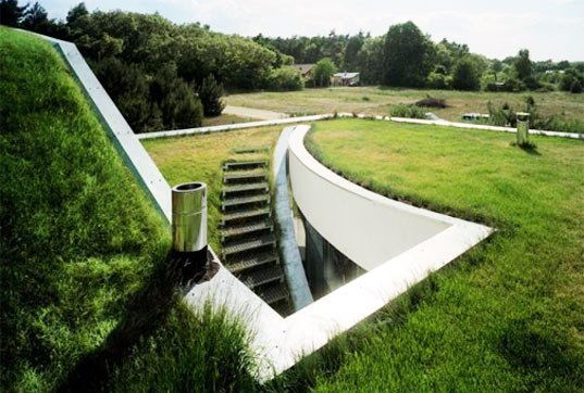 KWK Promes, green roof, grass roof, green design, sustainable architecture, landscape design
