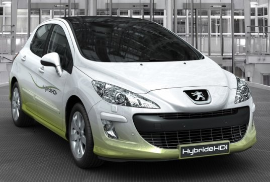 Hybrids Hit Mainstream For Manufactures