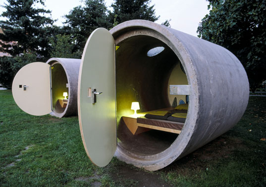 Pipe Hotel, Das Park Hotel, repurposed pipes, pipe architecture, prefab hotel