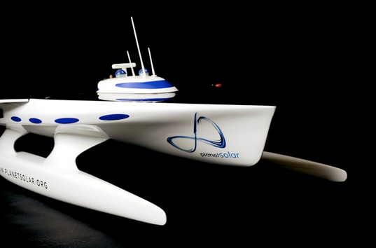 planet solar, solar powered boat, sustainable design, green design, sustainable transportation, autodesk, world crossing solar boat, photovoltaic vehicle, alternative energy