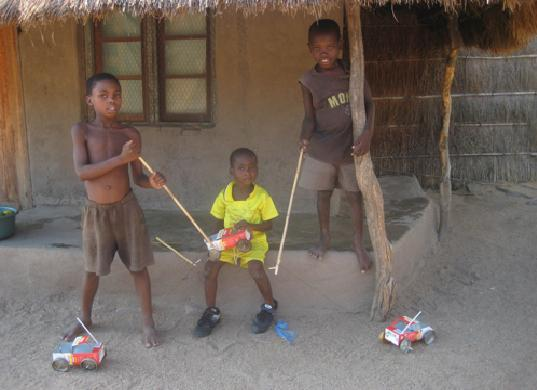 Avik Maitra, Lilongwe Malawi, Kids Making Toys out of scrap material, recycled material toys, old scrap toys, junk toys, Malawi kids toys