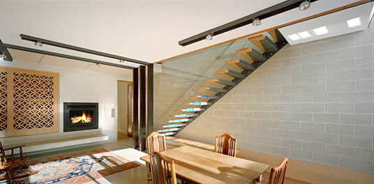 fiona winzar architects, eco residence, sustainable residence, green residence, green home, eco-friendly home, sustainable building, green building, eyelid house, australia residence, melbourne residence, australia architecture, urban home melbourne, city house melbourne