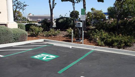 salinas, ev, tesla, roadster, charging corridor, sustainable design, green design, charging station