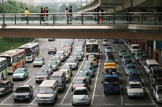 "September 22nd, ""NO CAR DAY"" in China, Traffic in Shanghai"