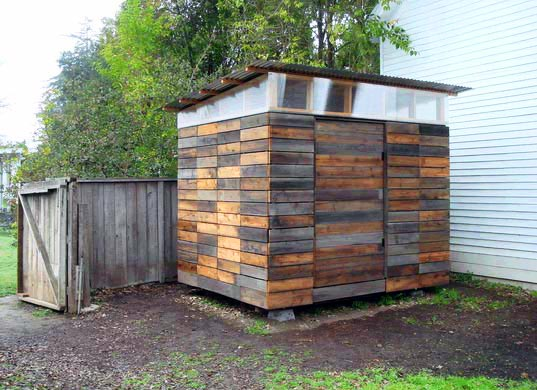 Joeseph Sandy Studio House, sustainable design, garden shed, reclaimed wood, recycled materials, green design, green architecture