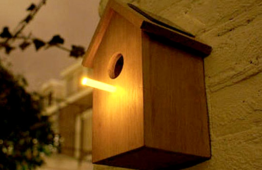 oooms solar bird house, solar powered perch, solar perch birds, birdhouse solar