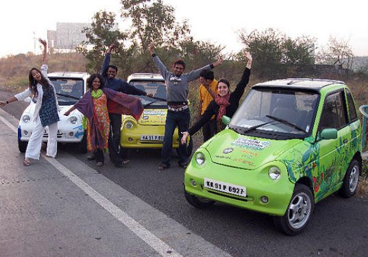 solar powered reva, reva car, electric reva, indian youth climate network road tour, green tour, raising awareness in India, climate change