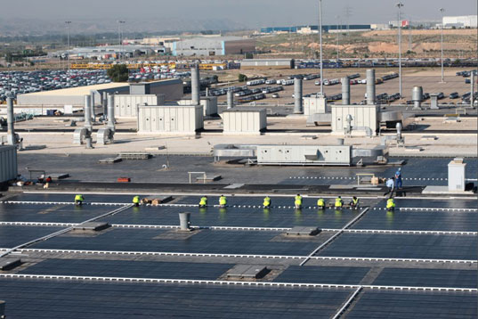 solar power, solar roof, solar rooftop station, gm solar roof, general motors zaragoza plant, general motors solar roof, general motors zaragoza rooftop solar power station, sun power, spain2.jpg