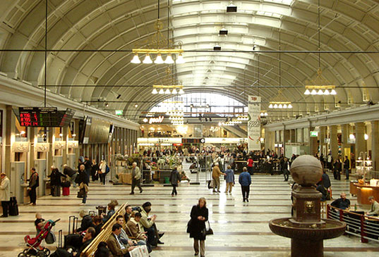 Hot Swedes Will Use Body Heat to Heat Train Station, body heat building heat, body heat to heat buildings, human energy, people power, alternative energy, design innovation, sweden, stockholm central station
