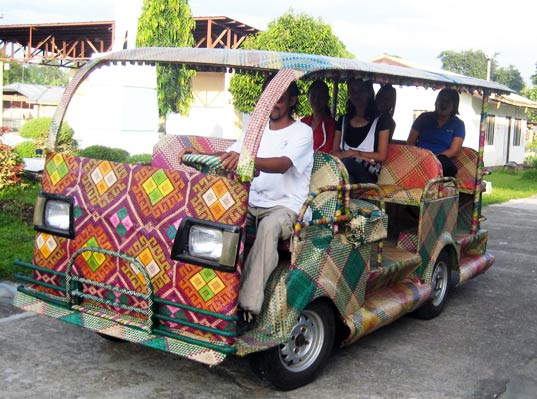 Toti Eco 1, bamboo taxi, coconut biodiesel, tabontabon, phillipines, sustainable design, green design, transportation