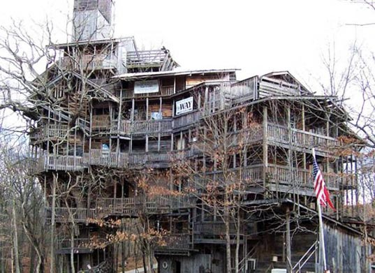 treehouse, world's largest, world's tallest, world's tallest treehouse, minister's treehouse, crossville, tennessee, reclaimed wood, recycled materials