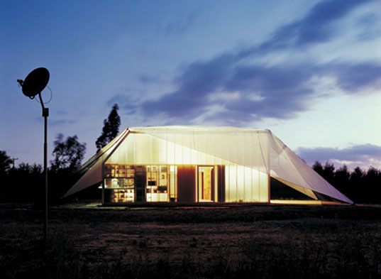 Frohn Rojas, Wall House, Tent house, green living, green house, prefab friday, prefabricated homes, prefab structures, customizable prefab homes, Frohn Rojas, Wall House, Tent house, green living, green house