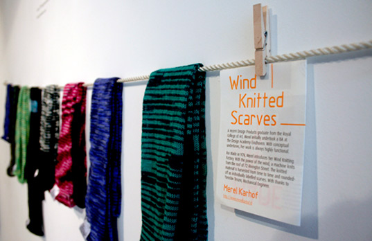 Wind Knitted Scarves, Merel Karhof, london design festival 2009, london design week 2009, sustainable design, lighting design, industrial design, eco art, art installation london, public art