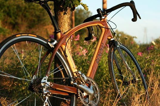 Wood frame bicycle by Renovo