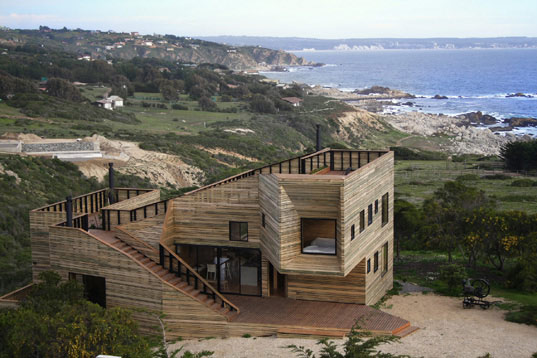home renovation, jose ulloa davet, delphine ding, chilean architecture, chile architecture, latin american architecture, wood house, wood renovation, wood home, eco-friendly homes, eco-friendly architecture, sustainable building, passive design, functional spaces, sustainable architecture