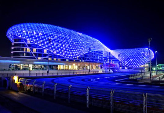 World's Largest LED Project Completed in Abu Dhabi | Inhabitat ...